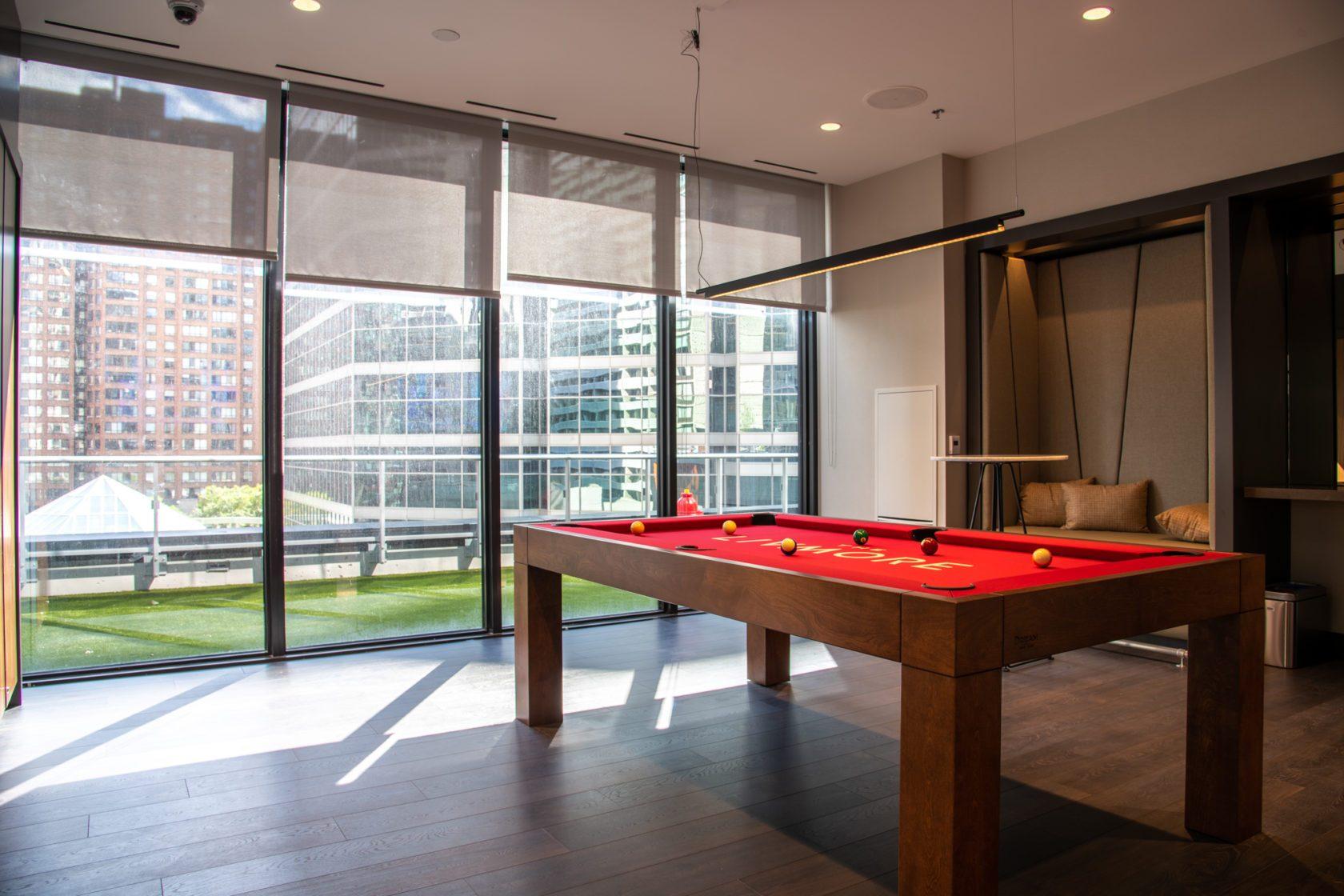 The Livmore amenities - Biliards