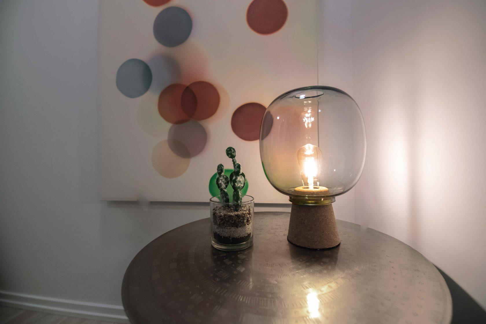 Livmore Suite living room desk lamp